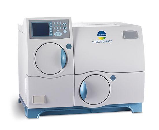 bioMerieux SA VITEK 2 Compact 30 Анализатор автоматический бактериологический — фото 1